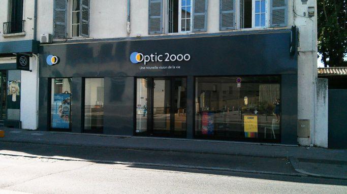 opticien optic 2000 lyon 69005 lunettes femme lunettes homme optic 2000. Black Bedroom Furniture Sets. Home Design Ideas