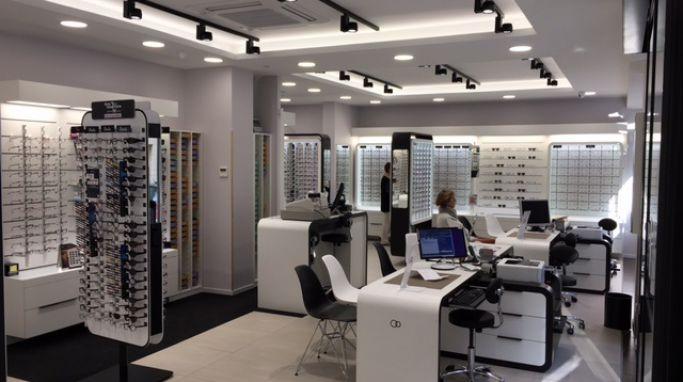 opticien optic 2000 evreux 27000 lunettes femme lunettes homme optic 2000. Black Bedroom Furniture Sets. Home Design Ideas