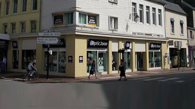 opticien optic 2000 cherbourg 50100 lunettes femme lunettes homme optic 2000. Black Bedroom Furniture Sets. Home Design Ideas