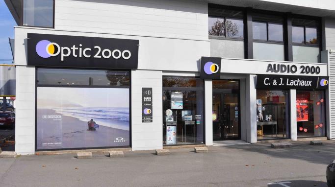 opticien optic 2000 vannes 56000 lunettes femme lunettes homme optic 2000. Black Bedroom Furniture Sets. Home Design Ideas