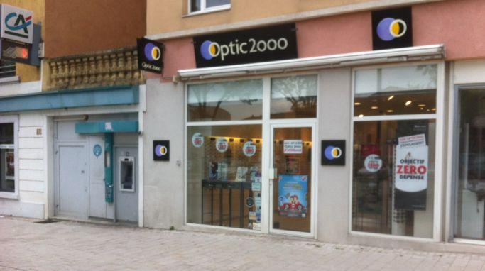 Opticien Optic 2000 VENISSIEUX 69200 - lunettes femme, lunettes ... 022a5d8b383d