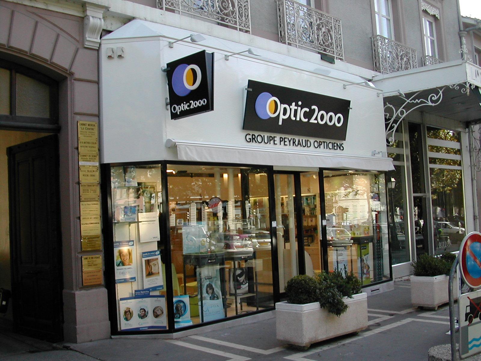 Opticien Optic 2000 VOIRON 38500 - lunettes femme, lunettes homme - Optic  2000 c04b866aae2f