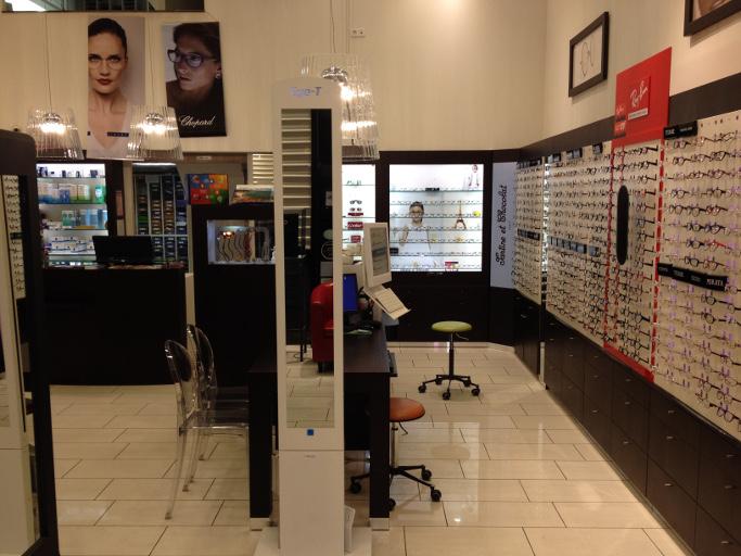 opticien st laurent du var 06700 lunettes femme lunettes homme optic 2000. Black Bedroom Furniture Sets. Home Design Ideas