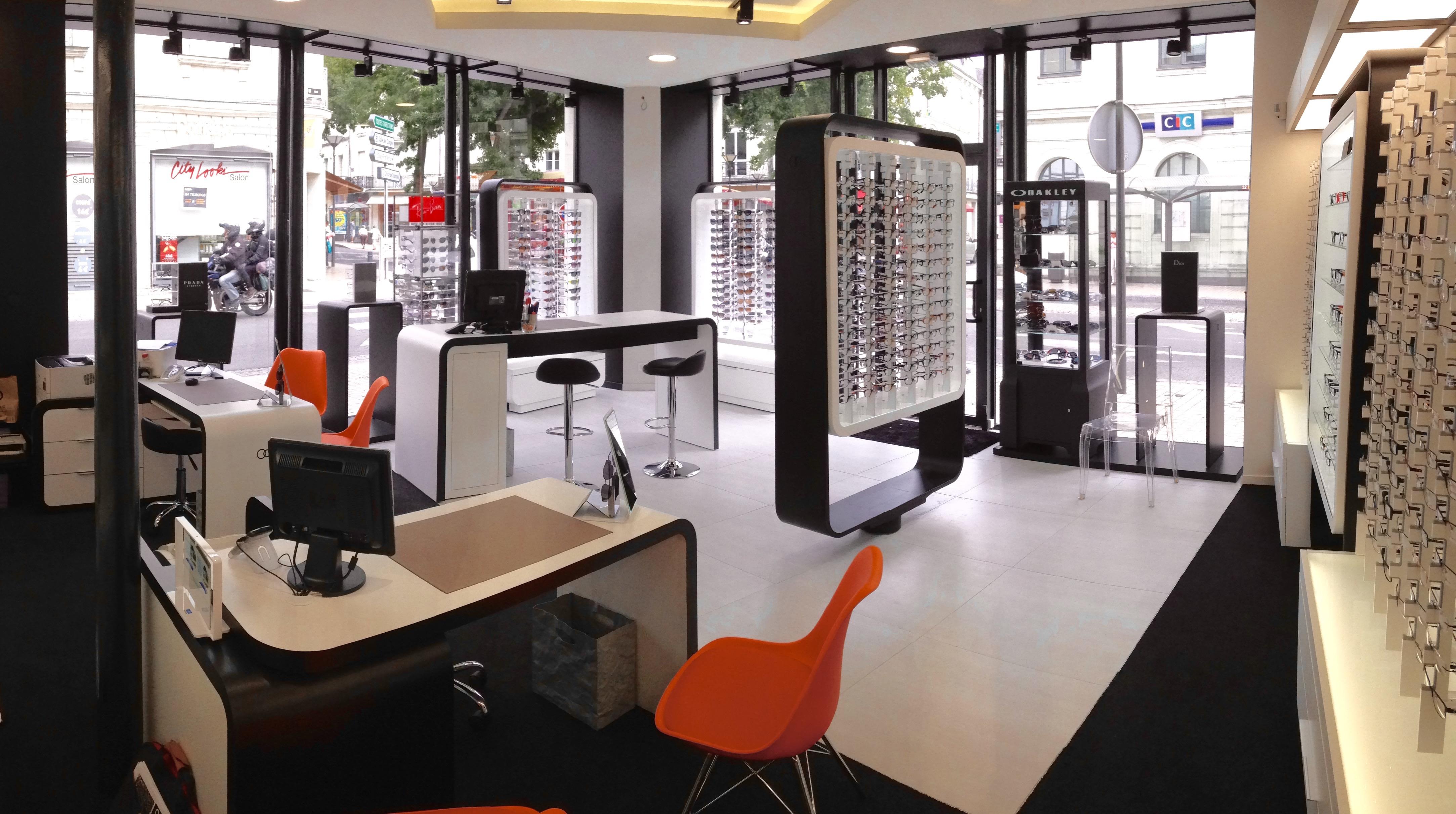 opticien saumur 49400 lunettes femme lunettes homme optic 2000. Black Bedroom Furniture Sets. Home Design Ideas