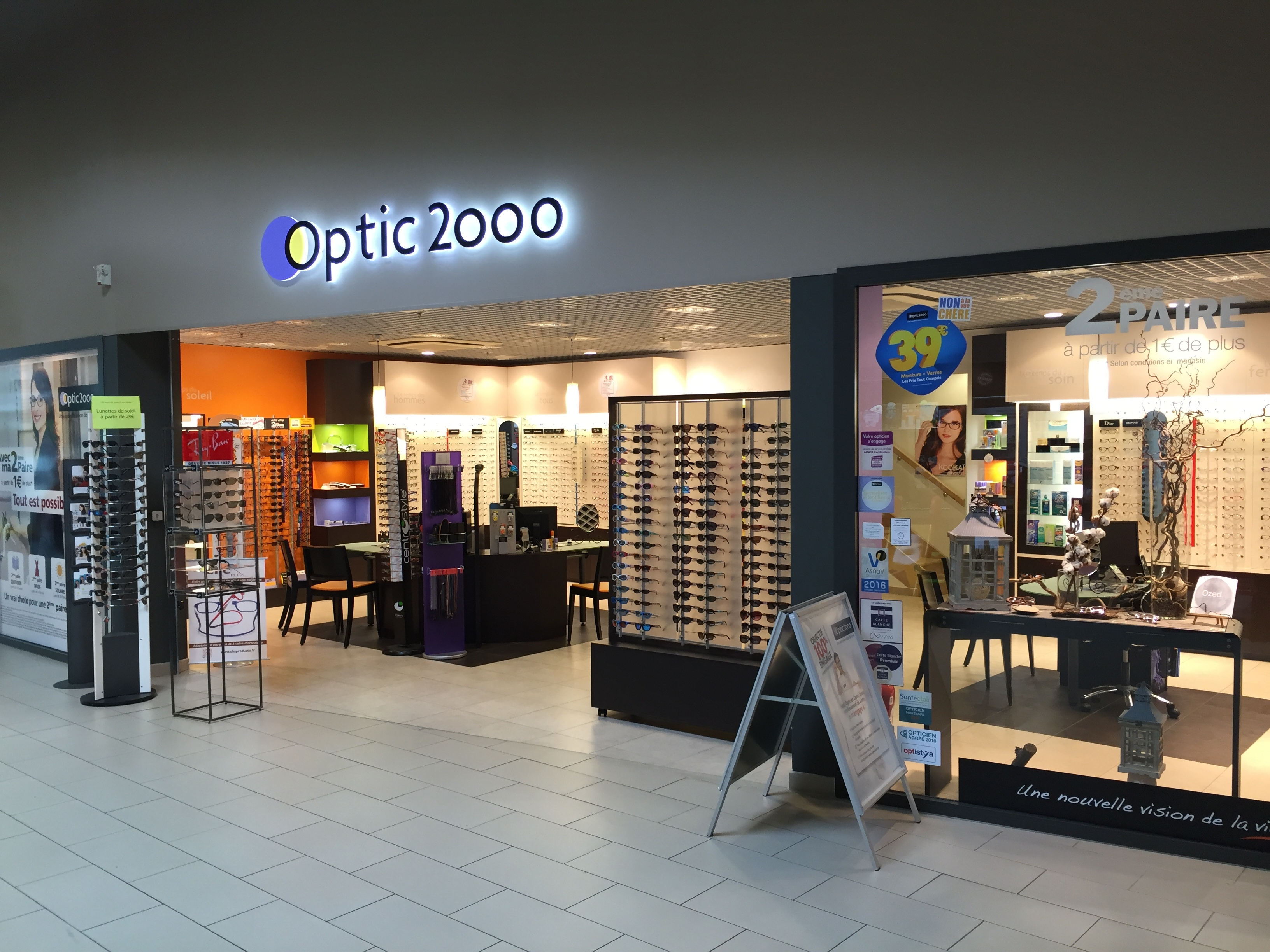 opticien loudeac 22600 lunettes femme lunettes homme optic 2000. Black Bedroom Furniture Sets. Home Design Ideas